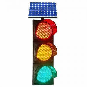 چراغ خورشیدی ترافیکی